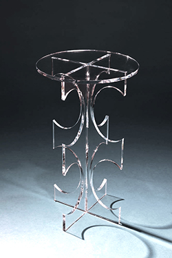 Amara Table – Clear