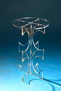 Clear-Amara-table